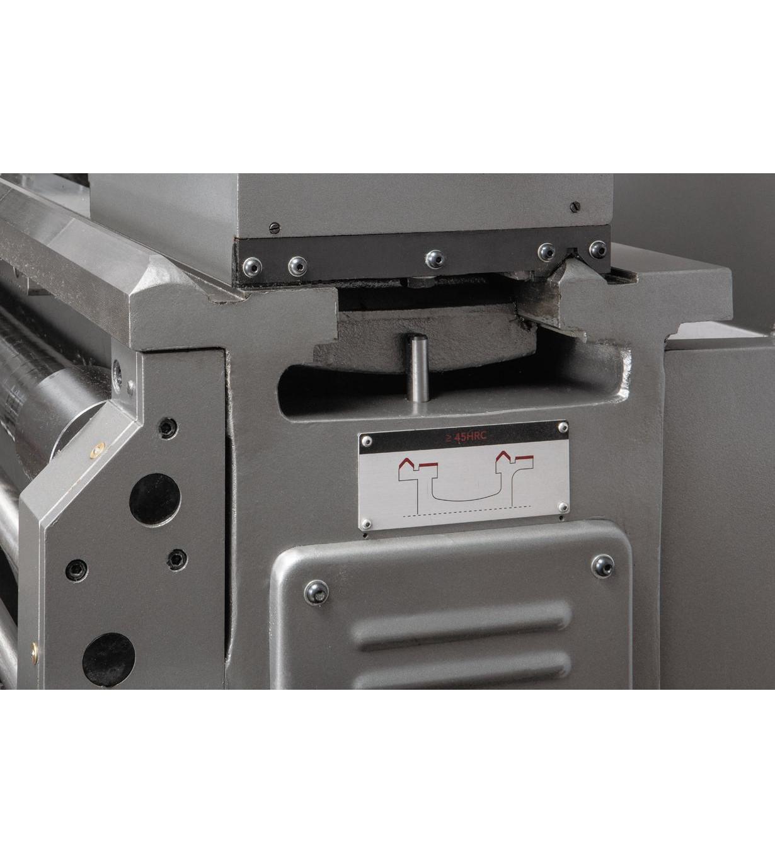 Токарно-винторезный станок серии ZX JET GH-1660 ZX DRO