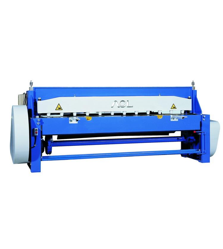 Электромеханическая гильотина Stalex Q11x1300