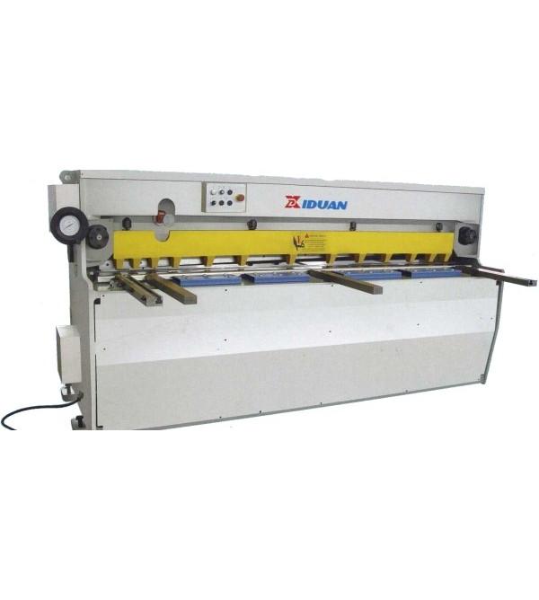 Электромеханическая гильотина QC11 4*2500