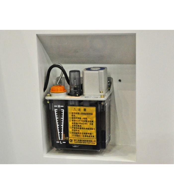 Токарный станок с ЧПУ DL20M